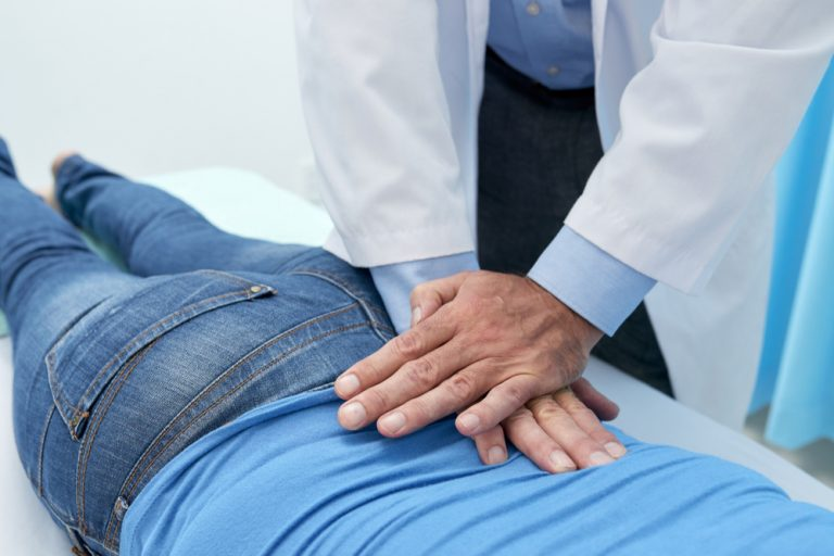 chiropractic care after auto accident | PhysMed